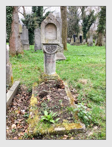 Grab der Familie Seebacher auf dem Alten Südfriedhof München (April 2018)