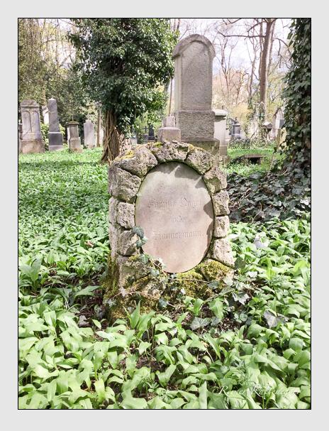 Grab der Familien Nagel · Zimmermann auf dem Alten Südfriedhof München (April 2018)