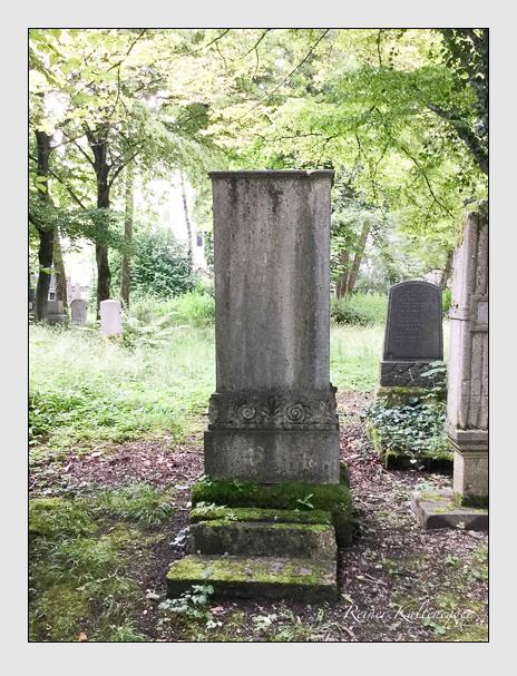 Grab der Familien Amtmann · Schöffel auf dem Alten Südfriedhof München (Mai 2018)