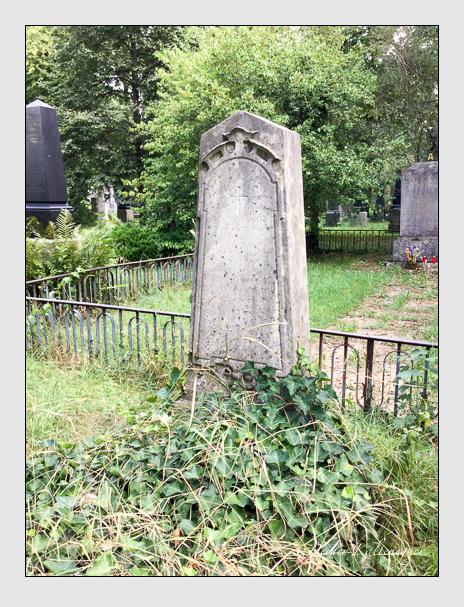 Grab der Familien Giessl · Moshammer · Müller auf dem Alten Südfriedhof München (August 2018)