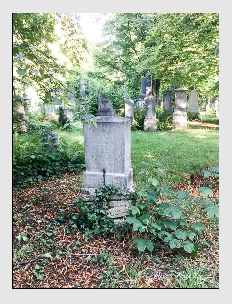 Grab der Familien Eberle · Geisreiter auf dem Alten Südfriedhof München (August 2019)