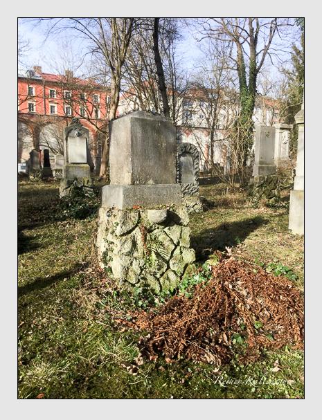 Grab der Familie Freyberg auf dem Alten Südfriedhof München (Januar 2020)