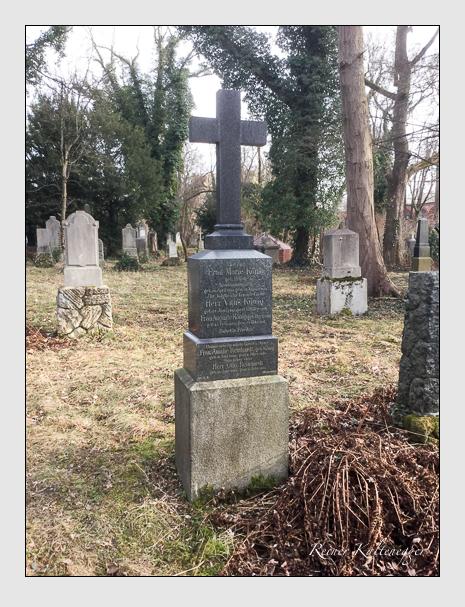 Grab der Familien König · Reinhardt auf dem Alten Südfriedhof München (Januar 2020)