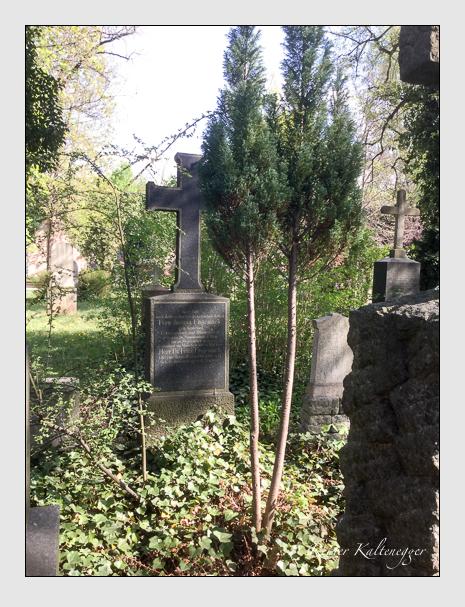 Grab der Familien Thyrolff · Ungemach auf dem Alten Südfriedhof München (April 2020)