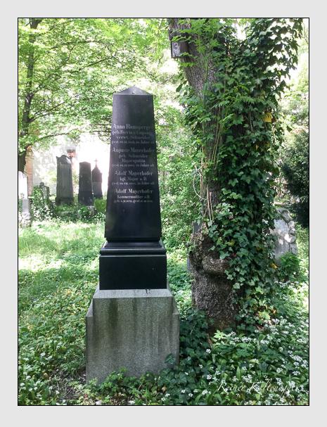 Grab der Familien Gerstmaier · Mayerhofer · Ramsperger auf dem Alten Südfriedhof München (Mai 2020)