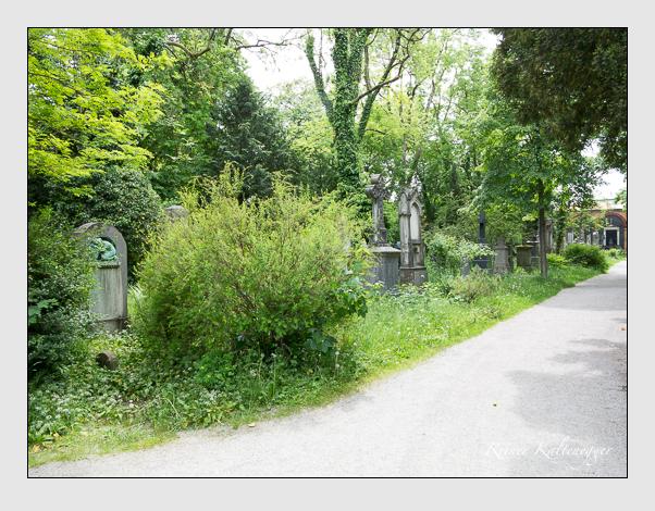 Gräber der Sektion 36 auf dem Alten Südfriedhof München: Westseite (Mai 2020)