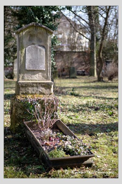 Grab der Familie Heindl auf dem Alten Südfriedhof München (Februar 2021)