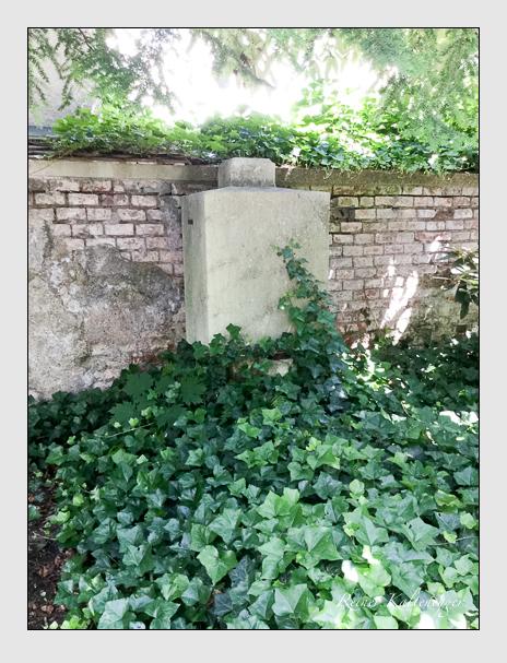 Grab der Familie Moll auf dem Alten Südfriedhof München (Oktober 2017)