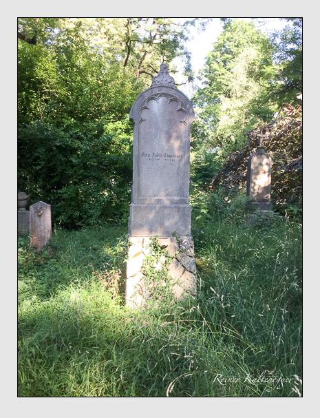 Grab der Familie Thumhart auf dem Alten Südfriedhof München (Juli 2020)