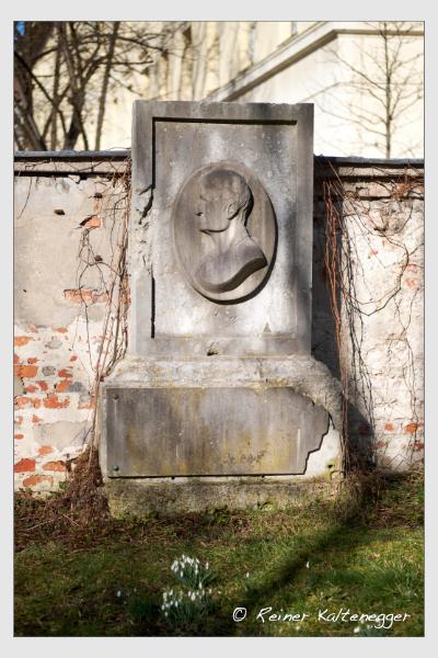 Grab der Familie Lindauer auf dem Alten Südfriedhof München (Februar 2021)
