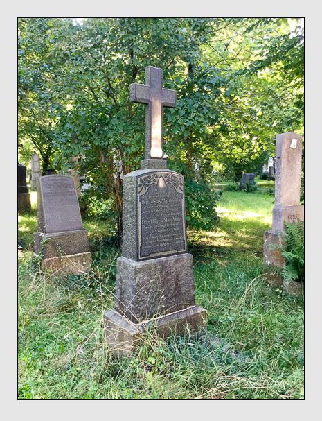 Grab der Familien Heigl · Maly-Motta · Ruf auf dem Alten Südfriedhof München (August 2020)