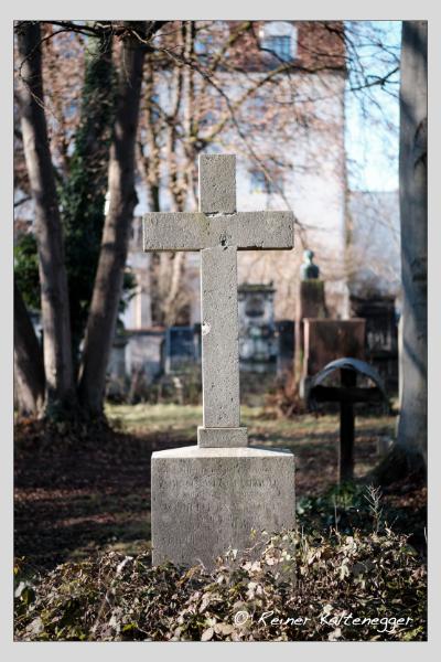 Grab der Familie Engelhardt auf dem Alten Südfriedhof München (Dezember 2020)