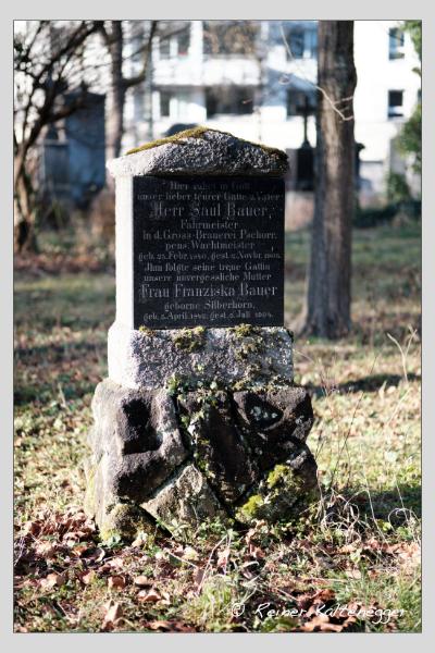 Grab der Familie Bauer auf dem Alten Südfriedhof München (Dezember 2020)