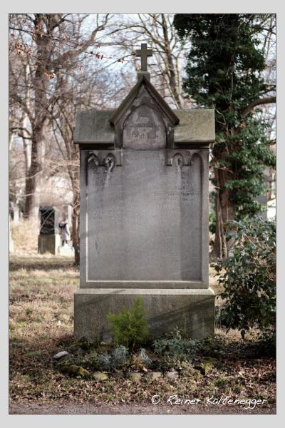 Grab der Familien Baur · Heppenstein · Schultze auf dem Alten Südfriedhof München (Februar 2021)