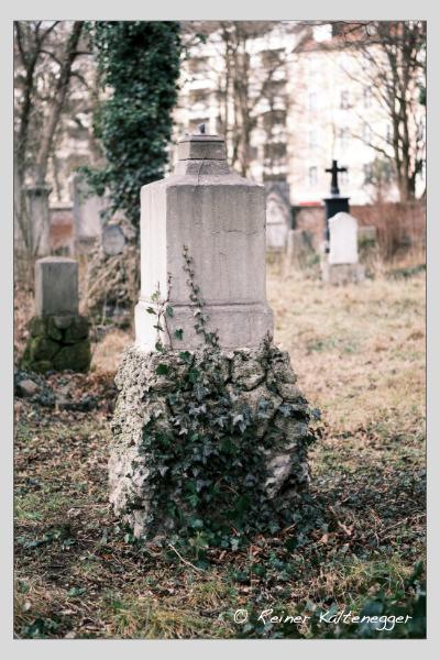 Grab der Familie Jäger auf dem Alten Südfriedhof München (Februar 2021)