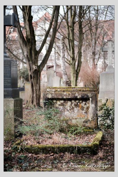 Grab der Familie Merkl auf dem Alten Südfriedhof München (Februar 2021)