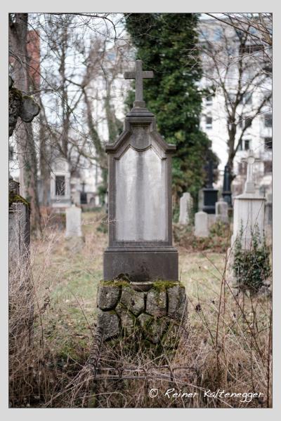 Grab der Familie Mauerer auf dem Alten Südfriedhof München (Februar 2021)