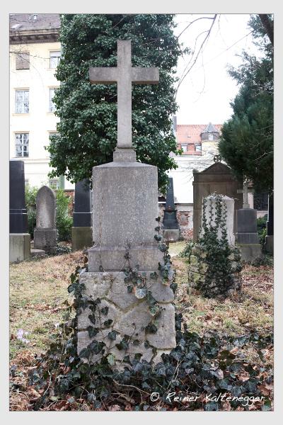 Grab der Familie Scheibenbogen auf dem Alten Südfriedhof München (Februar 2020)