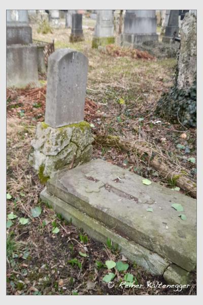 Grab der Familie Gerngross auf dem Alten Südfriedhof München (März 2021)